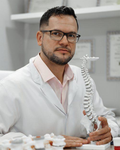Dr. Allan de Miranda